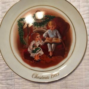 Avon the night before Christmas plate